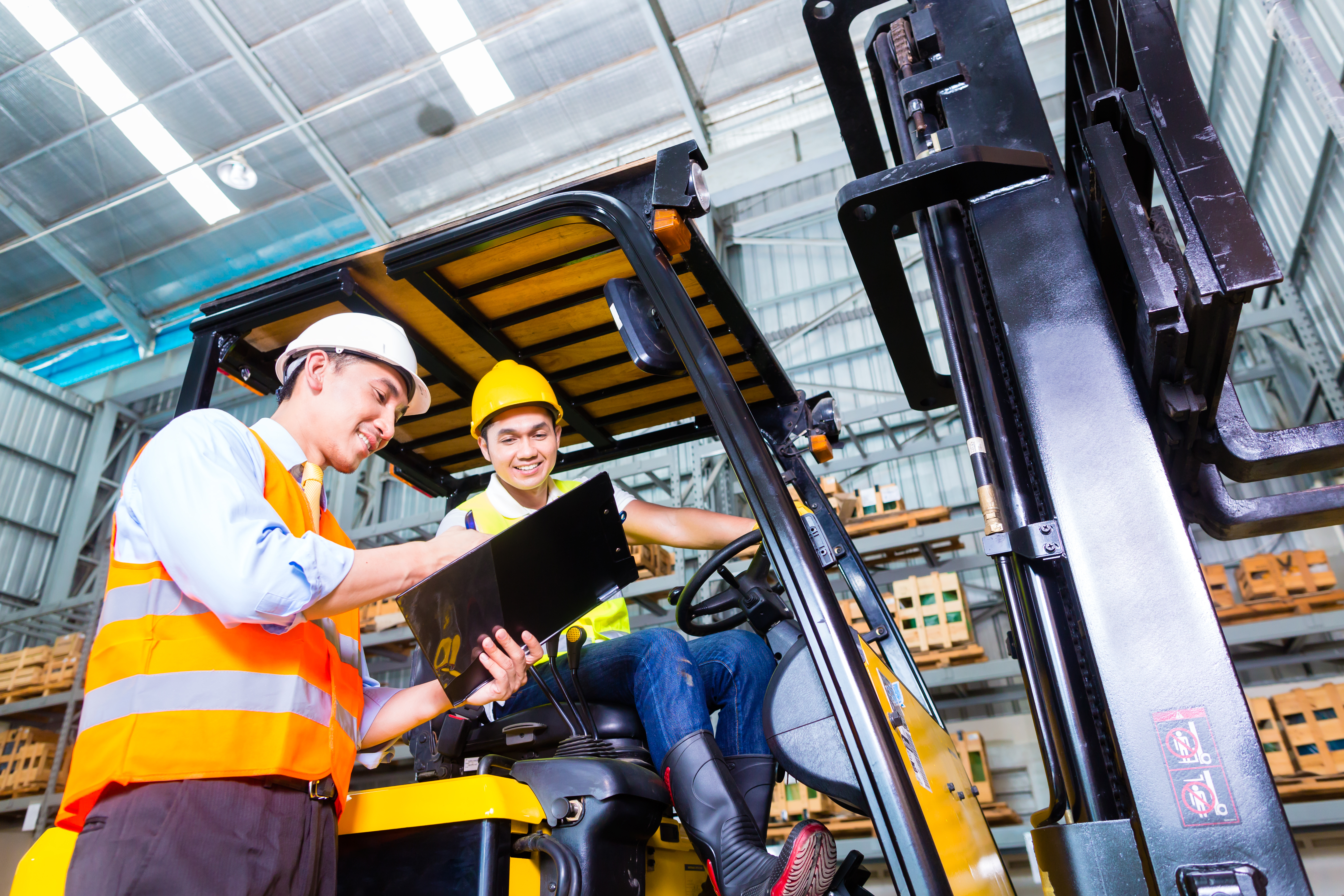 Forklift Compliance: 5 Regulations You Need to Know About Now