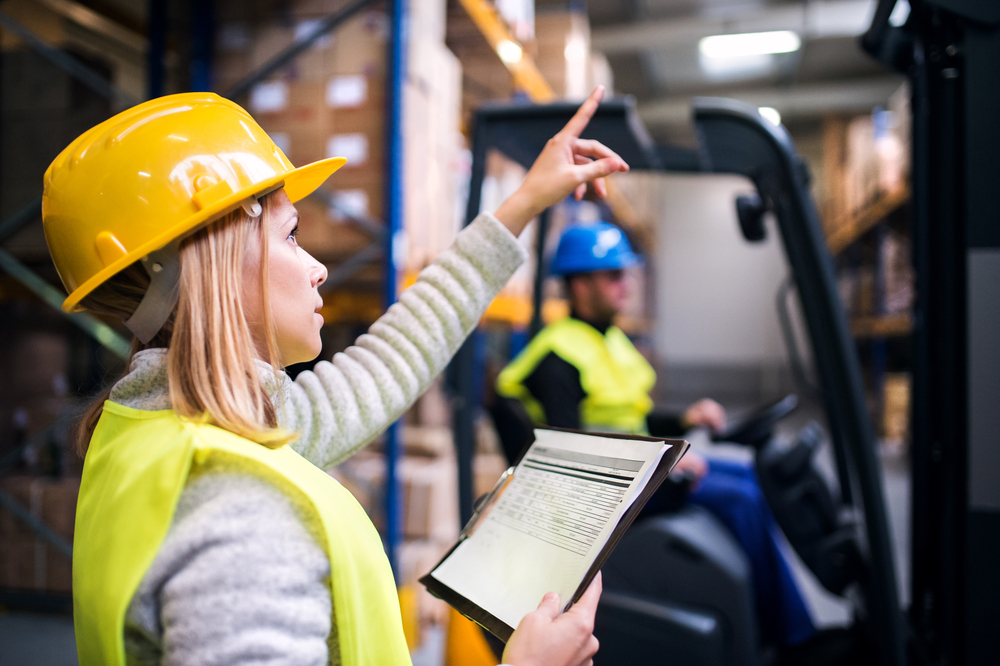 The Future of Material Handling in the Age of Electrification